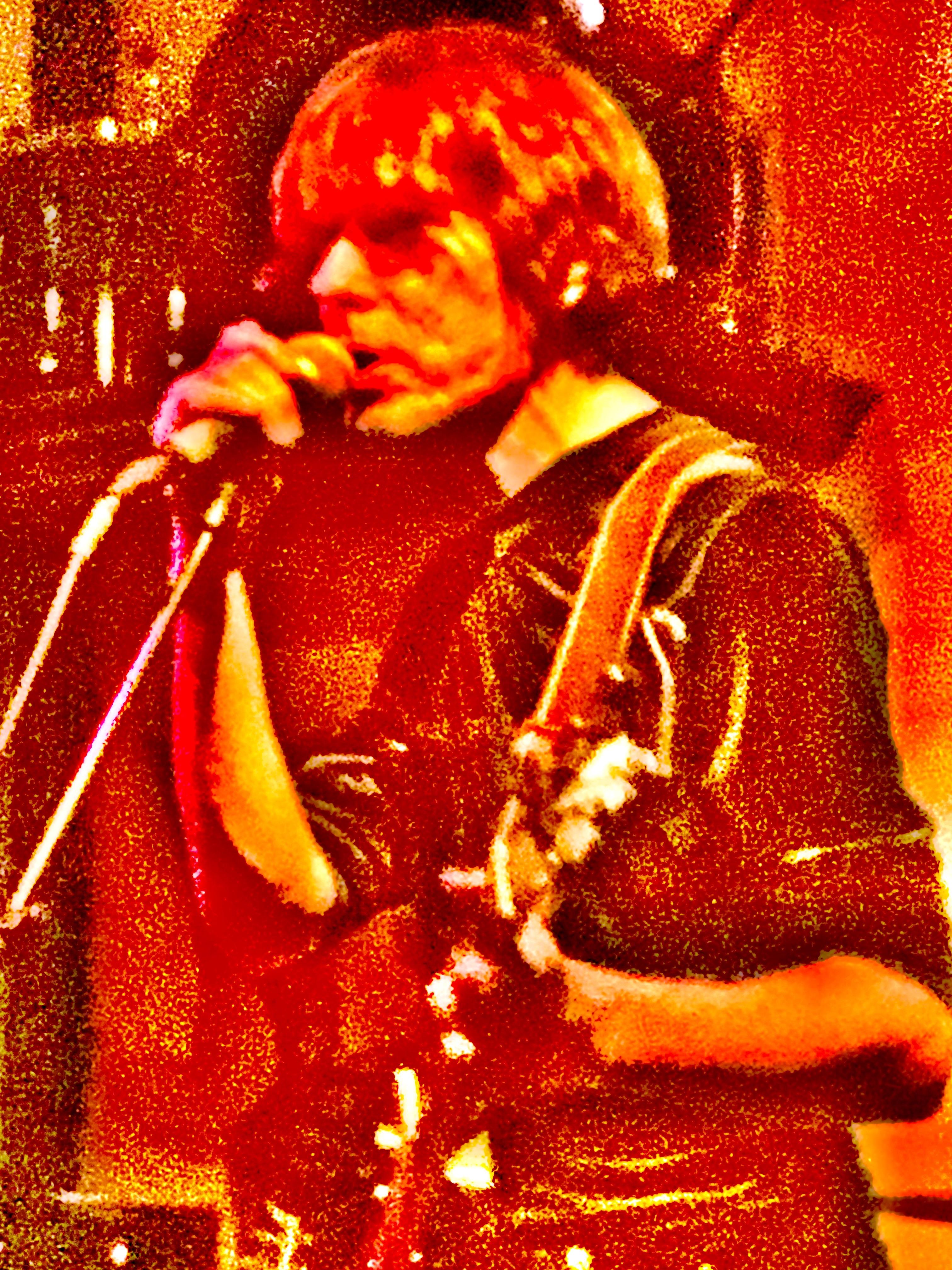 Ralf Hesen op gitaar in de Harmonie in Edam