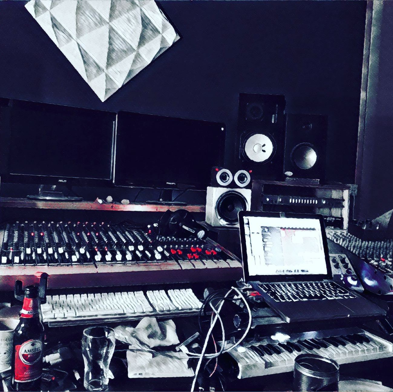 Lemon Amsterdam new song mixing